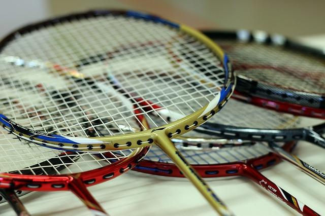 Rakiety do badmintona