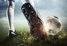 Komplety piłkarskie Givova - idealna propozycja dla juniorów