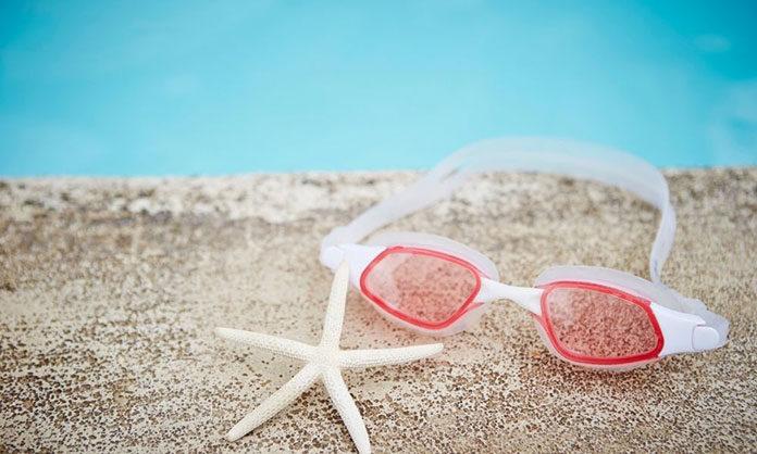 Dlaczego warto kupić nieparujące okulary do pływania
